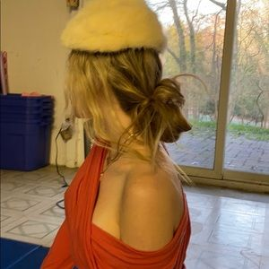Antique fur head covering